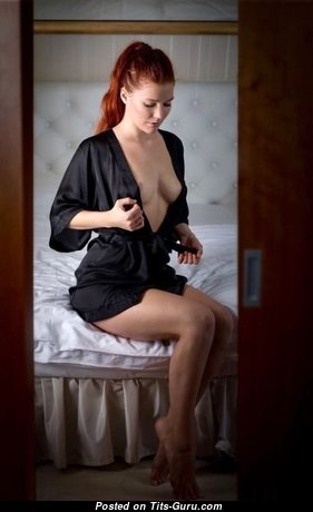 Awesome Unclothed Red Hair in Lingerie (Xxx Pic)