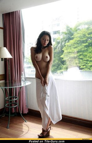 Image. Naked nice lady with big tittys pic