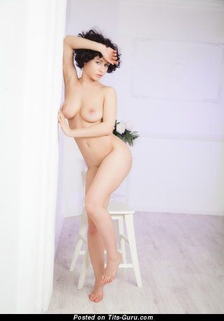 Image. Naked awesome lady with natural boobs image