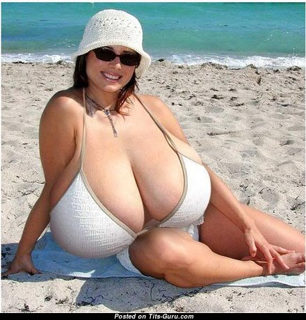 Exquisite Undressed Dame with Weird Nipples, Tan Lines in Bikini on the Beach (Porn Photo)