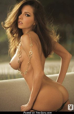 Image. Shelby Chesnes - naked brunette with medium natural boobs picture