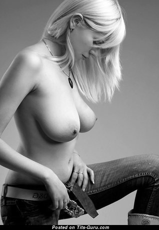 Image. Nude blonde with big natural tits pic