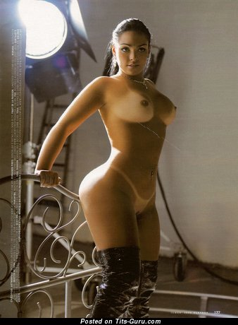 Andressa Soares - sexy nude awesome lady picture