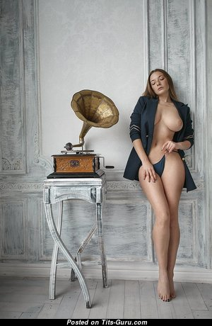 Olga Kobzar≠ - Lovely Undressed Russian Gal with Sexy Legs (Hd 18+ Picture)