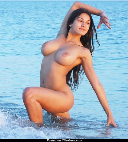 Gorgeous Glamour Babe with Gorgeous Bare Real D Size Boob & Erect Nipples (Sexual Photoshoot)