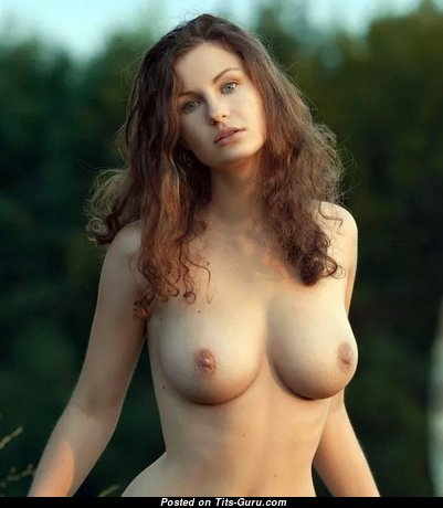 Yummy Babe with Yummy Bald Real Medium Sized Chest (Sex Picture)