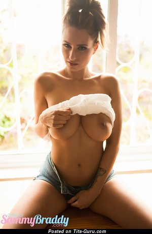 Image. Sammy Braddy - beautiful lady with big natural boob picture