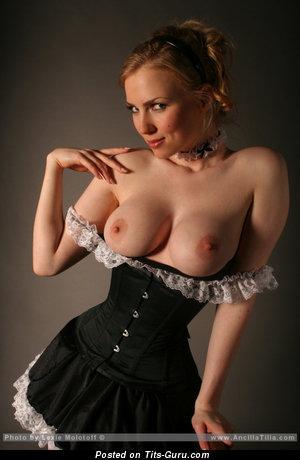 Ancilla Tilia - nude blonde with medium boobies photo