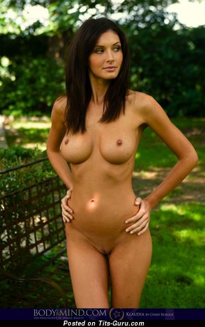 Image. Orsi Kocsis - sexy naked brunette with medium boobies picture