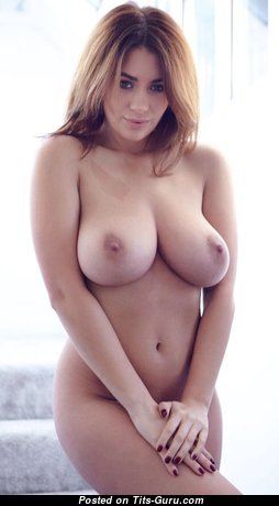 Beautiful Glamour Babe with Beautiful Bare Natural Medium Sized Boobies (Porn Pix)