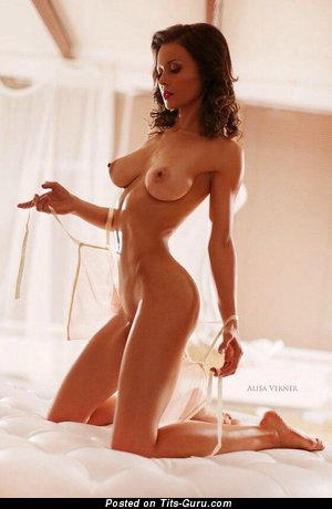 Image. Nude amazing woman with natural tittys picture