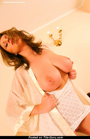 Sandra - nude beautiful female with big natural tittes pic