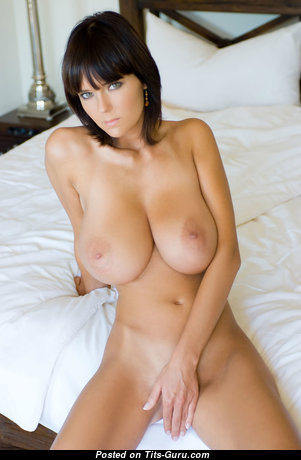 Exquisite Babe with Marvelous Open Natural Ddd Size Boob (Hd Sexual Pic)