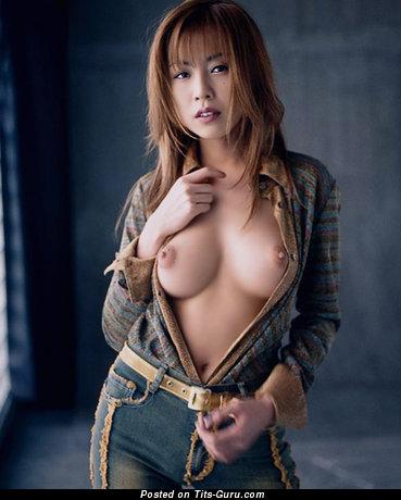 Ami Ayukawa - nude hot lady with medium natural tits pic