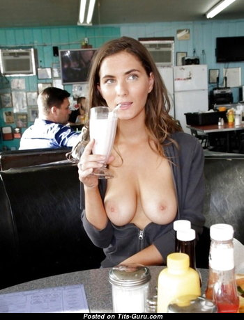 Fine Babe with Fine Exposed Real Dd Size Boobie (Hd 18+ Picture)