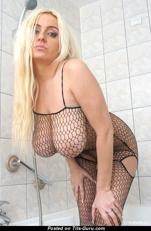 Anabelle Mayaa - Amazing Polish Blonde Babe & Housewife with Amazing Open Natural Very Big Jugs & Giant Nipples in Lingerie, Stockings & Pantyhose in the Shower (Amateur Hd Sexual Image)