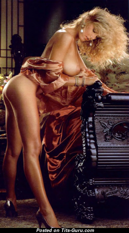 Carrie Jean Yazel - Wonderful Topless American Playboy Blonde with Wonderful Exposed Natural Tit (Hd Sexual Photo)
