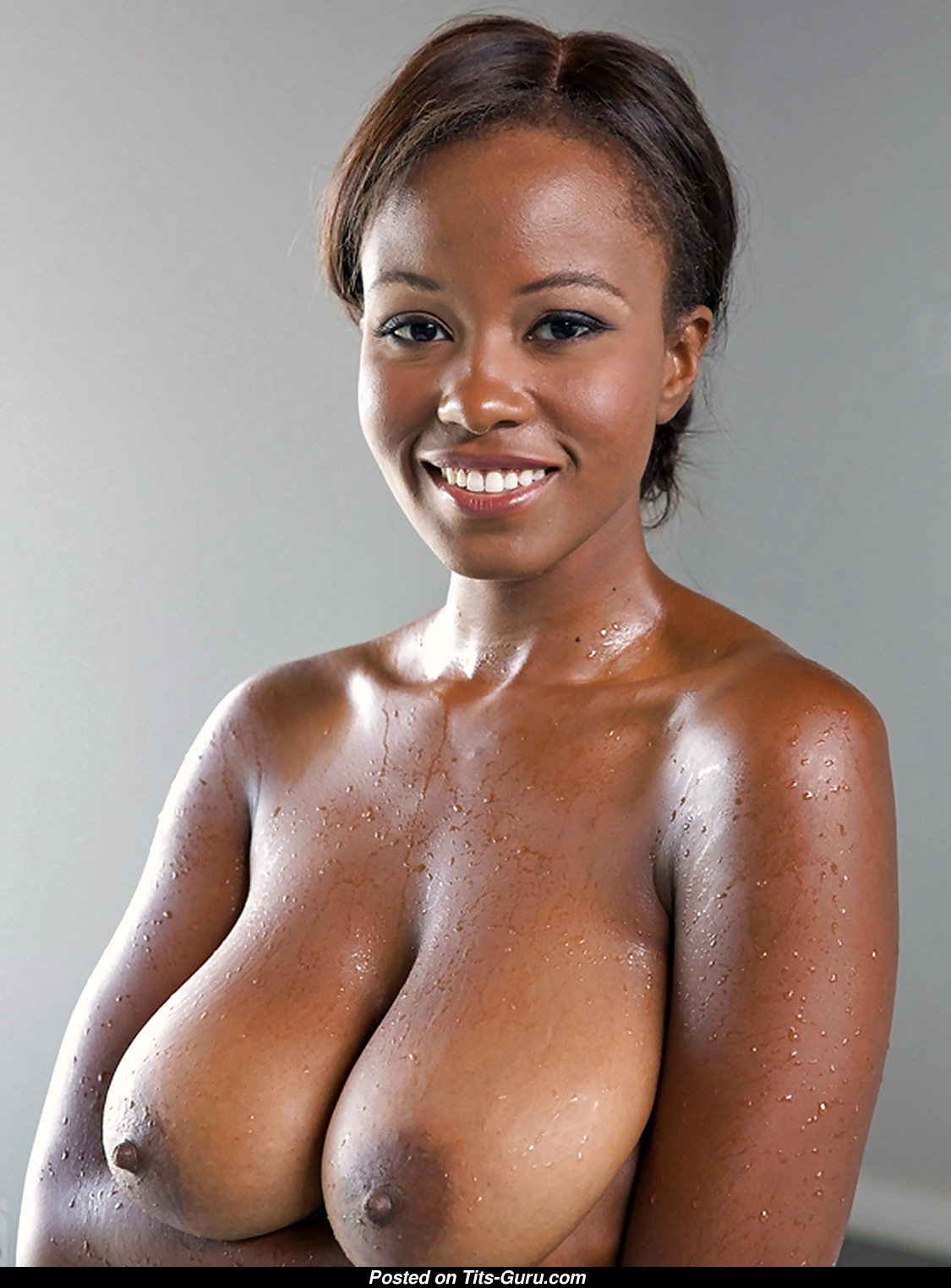 Wet  Topless Ebony Dish With Bare Natural Soft Balloons -1379