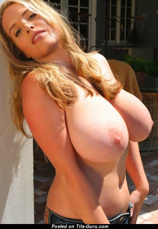 Hot Topless Babe with Enormous Nipples (Hd Sexual Wallpaper)