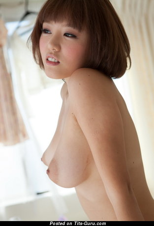 Image. Mao Hamasaki - sexy nude hot lady with medium natural tittes photo