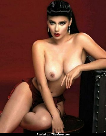 Image. Nude amazing lady with big natural boobs image