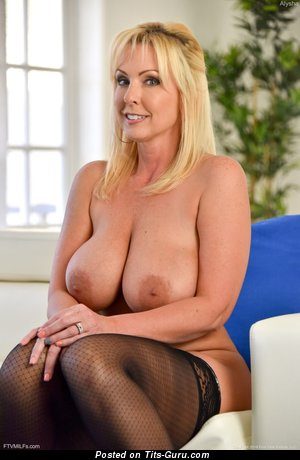 Naughty Alysha - topless blonde with big natural tittes and big nipples pic