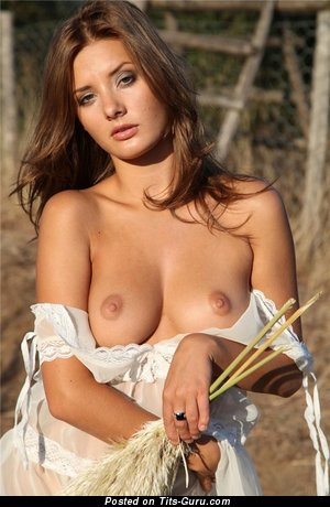 Handsome Moll with Wonderful Nude Real Medium Boobys (Porn Photoshoot)