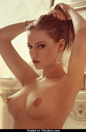 Charming Glamour Undressed Babe (Sex Picture)