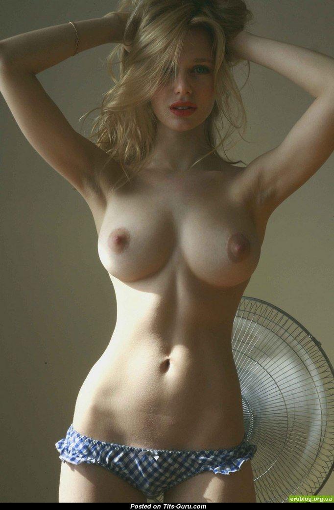знаменитости фото девушек голышок порно