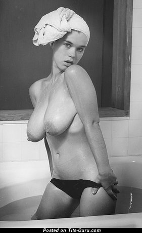 Image. Suzanne Prichard - nude wonderful girl with natural boob photo