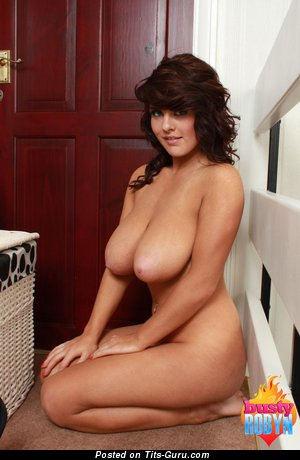 Image. Robyn Alexandra - awesome lady with huge natural tittes and big nipples picture