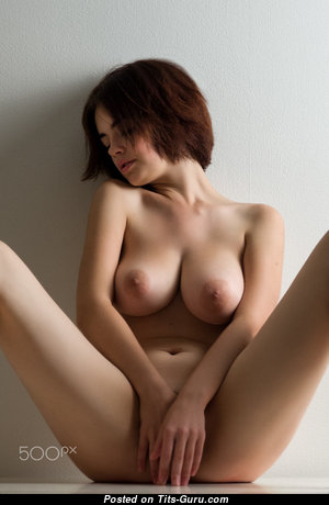 Dazzling Babe with Dazzling Nude Natural Med Titty (Hd 18+ Wallpaper)