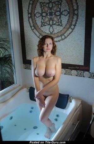 Image. Naked amazing lady photo