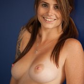 Hailey Leigh - hot lady with natural tits picture