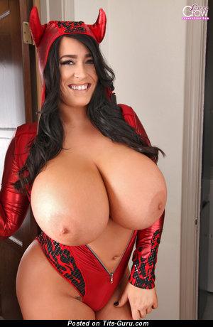 Изображение. Leanne Crow - фото невероятной голой женщины с огромными сисечками