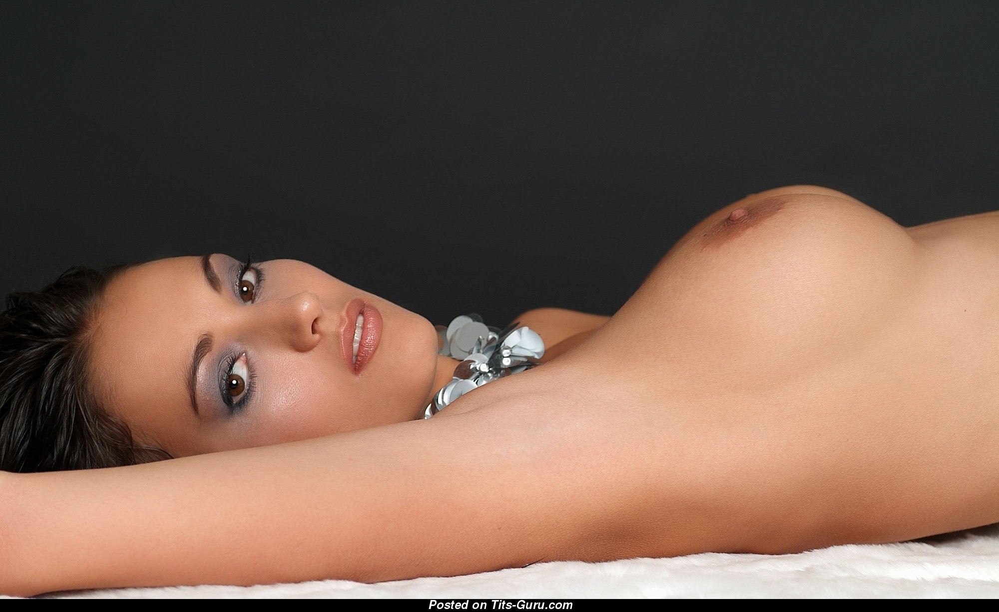 Zsuzsanna Ripli - Fine Chick with Pretty Defenseless Ddd ...