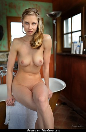 Dazzling Dish with The Best Open Natural Medium Sized Boobies in the Shower (Xxx Picture)