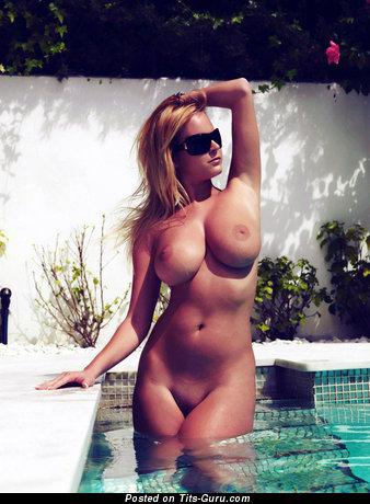 Zuzana Drabinova - wet nude beautiful woman with big breast photo