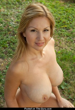 Image. Hot lady with big tittes pic