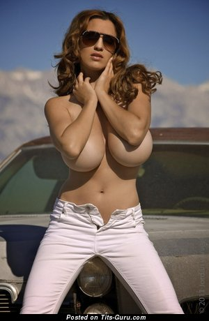Image. Awesome girl with huge tittys pic