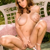 Shay Laren - nice woman with big natural tittys image