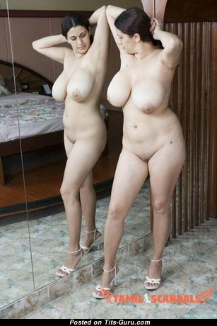 Marvelous Topless & Glamour Housewife & Babe with Marvelous Open Natural Big Breasts & Pointy Nipples (Sex Picture)