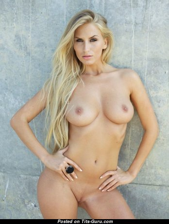 Evelin Aubert - Appealing Glamour Hungarian Blonde Babe with Appealing Open Real Med Boob (Sex Foto)