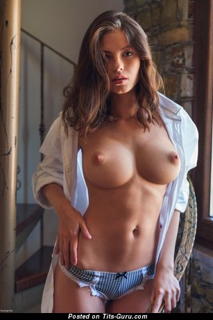 Image. Naked brunette with medium tittys picture