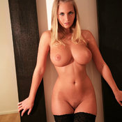 Naked blonde with medium natural tittes image