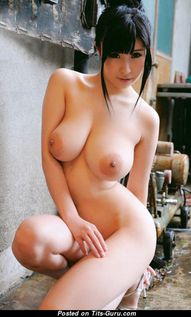 Adorable Unclothed Brunette Babe (Xxx Picture)