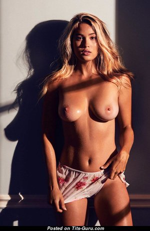 Megan Moore - Amazing Topless Blonde Babe with Amazing Nude Real Medium Tittys (Hd Xxx Picture)