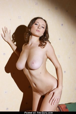Image. Naked wonderful female with big natural tittys pic