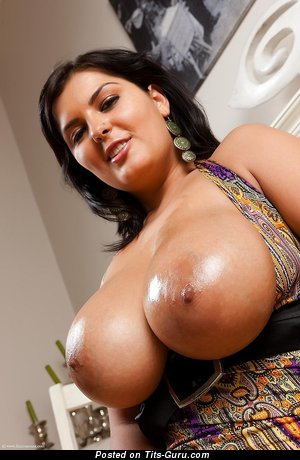 Topless brunette with big nipples pic