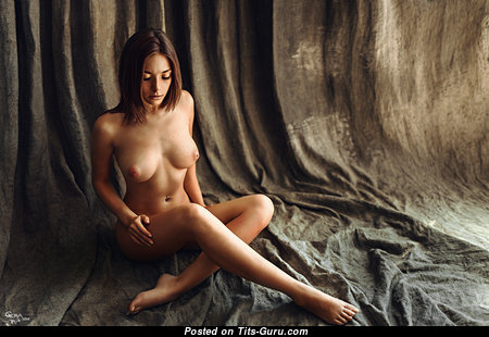 Lovely Naked Babe (Hd Sex Image)